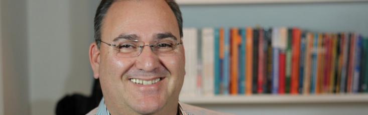 Beni Kuhn - Economista - Especialista em Comunidades Online / Social Business e CEO da Setesys
